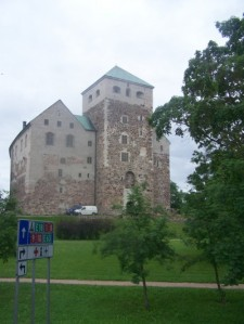 Turku Castle-the free way