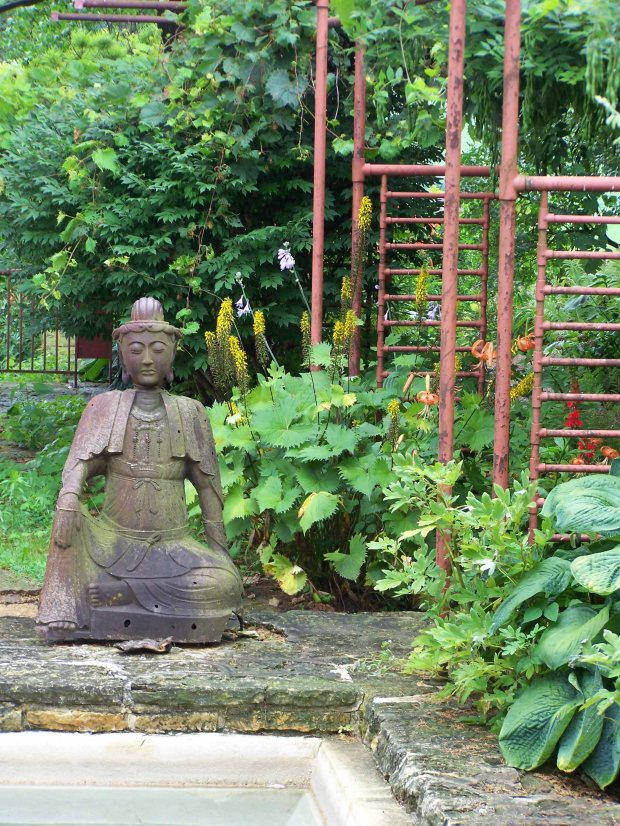 flwtailesinbuddha
