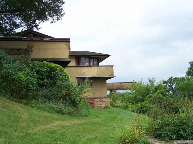 Frank Lloyd Wright Taliesin and it's Birdwalk