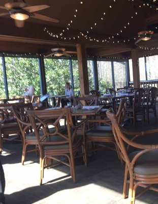 The cypress Inn Dining area.