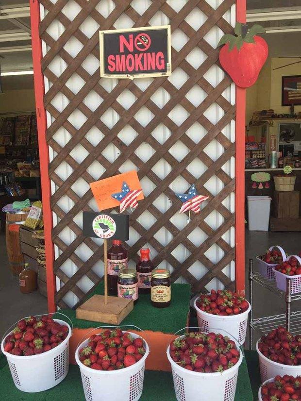 strawberrymarket